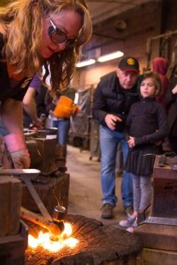 lisa_blacksmithing_demo